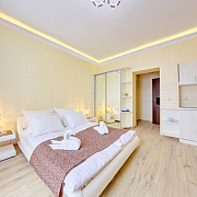 Отель Exclusive Apartments. Номер